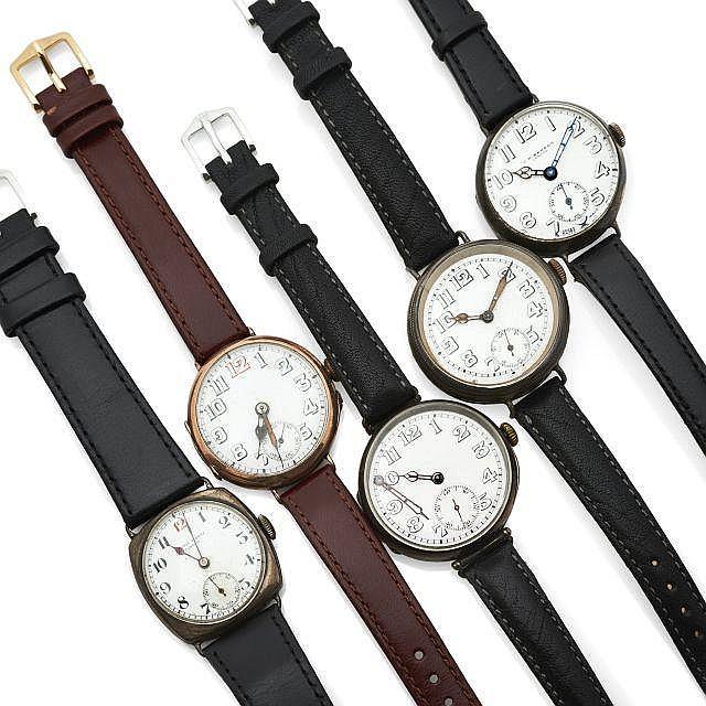 Ensemble de 5 montres militaires de la première Guerre Mondiale. Accidents et manques. Vendu en l'état, révisions à prévoir ...