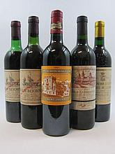 10 bouteilles 2 bts : CHÂTEAU BEYCHEVELLE 1978 4è GC Saint Julien (1 légèrement bas et 1 haute épaule, étiquettes tachées)