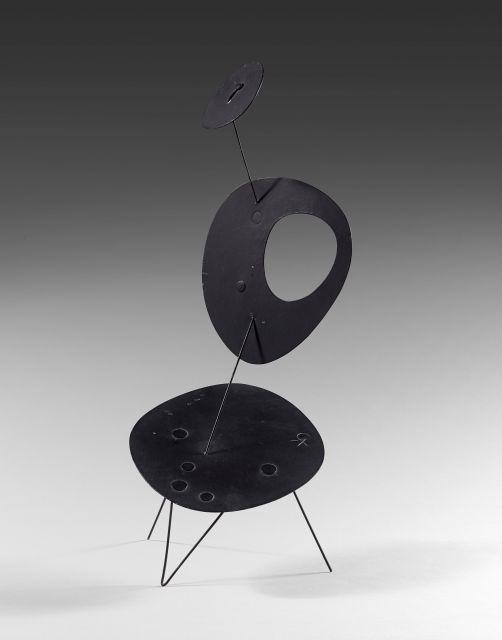 Alexander CALDER 1898 - 1976 Untitled - Circa 1954 Tôle, fil de fer et peinture