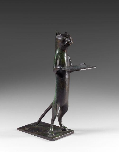 Diego GIACOMETTI 1902 - 1985 Chat maître d''hôtel (à plateau rectangulaire) Bronze à patine verte nuancée de brun