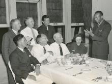 Historic News Photography JESSE OWENS before A.A.U., 1936