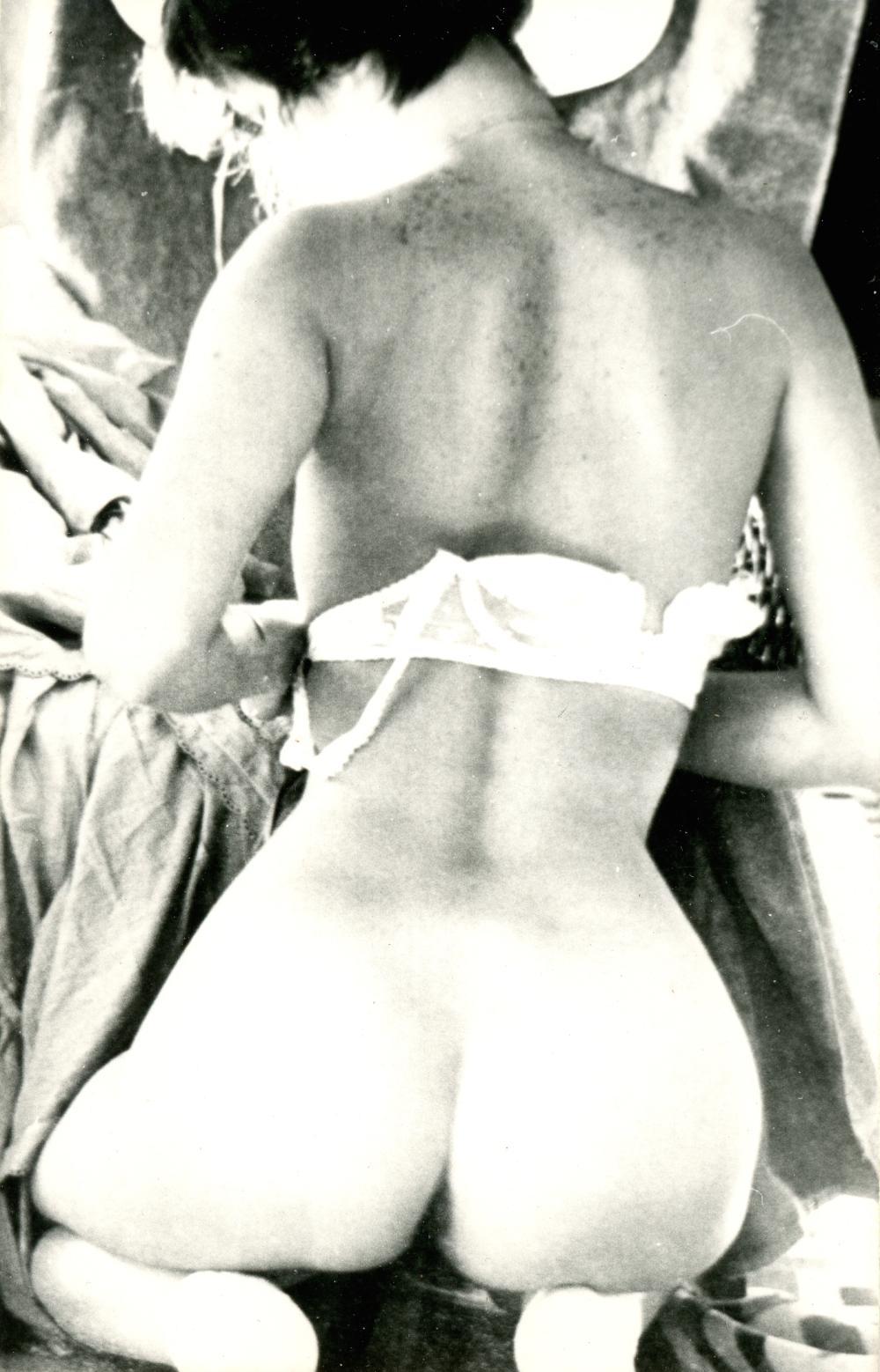 amateur nude photograph y