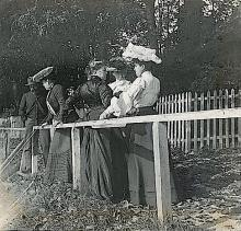 Antique Stereo Glass Photo Belle Epoque 1890s - 1920s