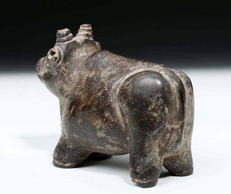 Mesopotamian sumerian carved stone bull
