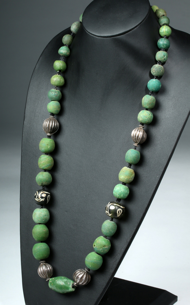 12th C. Majapahit Glass Bead / Silver Necklace
