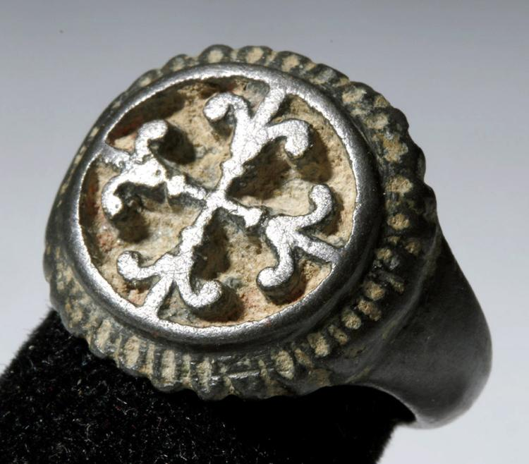 Choice Roman to Byzantine Bronze Ring w/ Cross