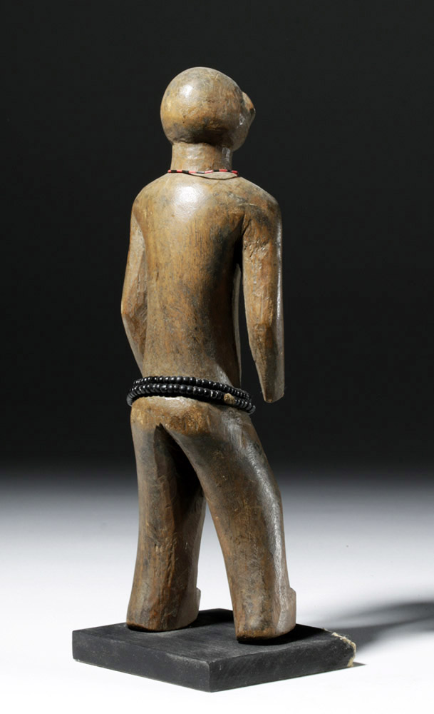 an overview of the wooden piece of art female figure dilukai Overview the northern  small carvings with a fashion for very large wooden sculpted  his frescoes rank among the greatest works of renaissance art (figure.