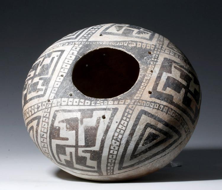 Anasazi Mogollon Black-on-White Geometric Olla