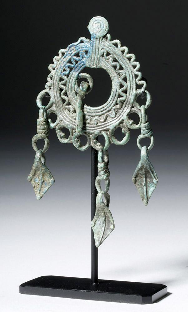 Rare  9th C. Siberian Bronze Rustling Crow Feet Pendant