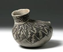 Fine Anasazi Black-on-White Pottery Askos - ex Museum