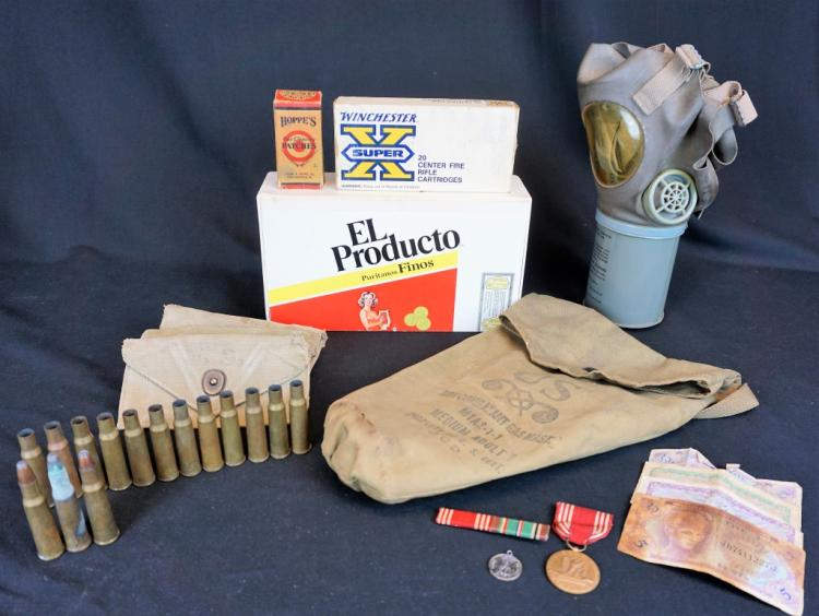 ASSORTED LOT OF MILITARY ITEMS
