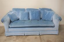 VINTAGE PENNSYLVANIA HOUSE CRUSHED VELVET COUCH
