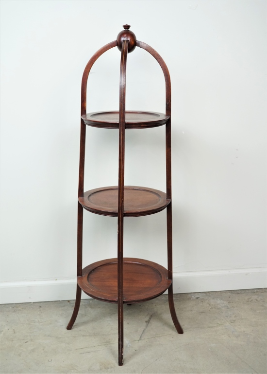 VINTAGE MAHOGANY REGENCY STYLE 3-TIER PIE STAND