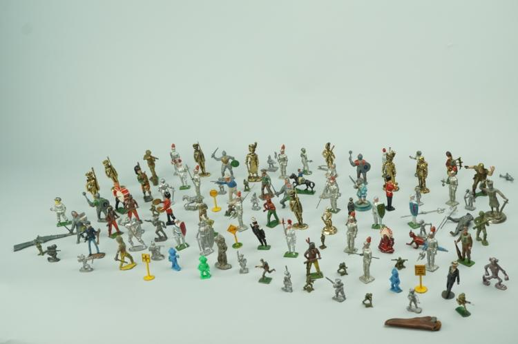 ASSORTED CAST LEAD FIGURES
