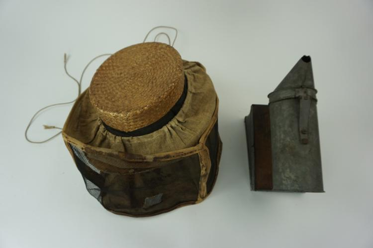 (2) ANTIQUE BEEKEEPERS HAT & SMOKER