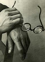ANDRE KERTESZ - Paul Arma's Hands, Paris