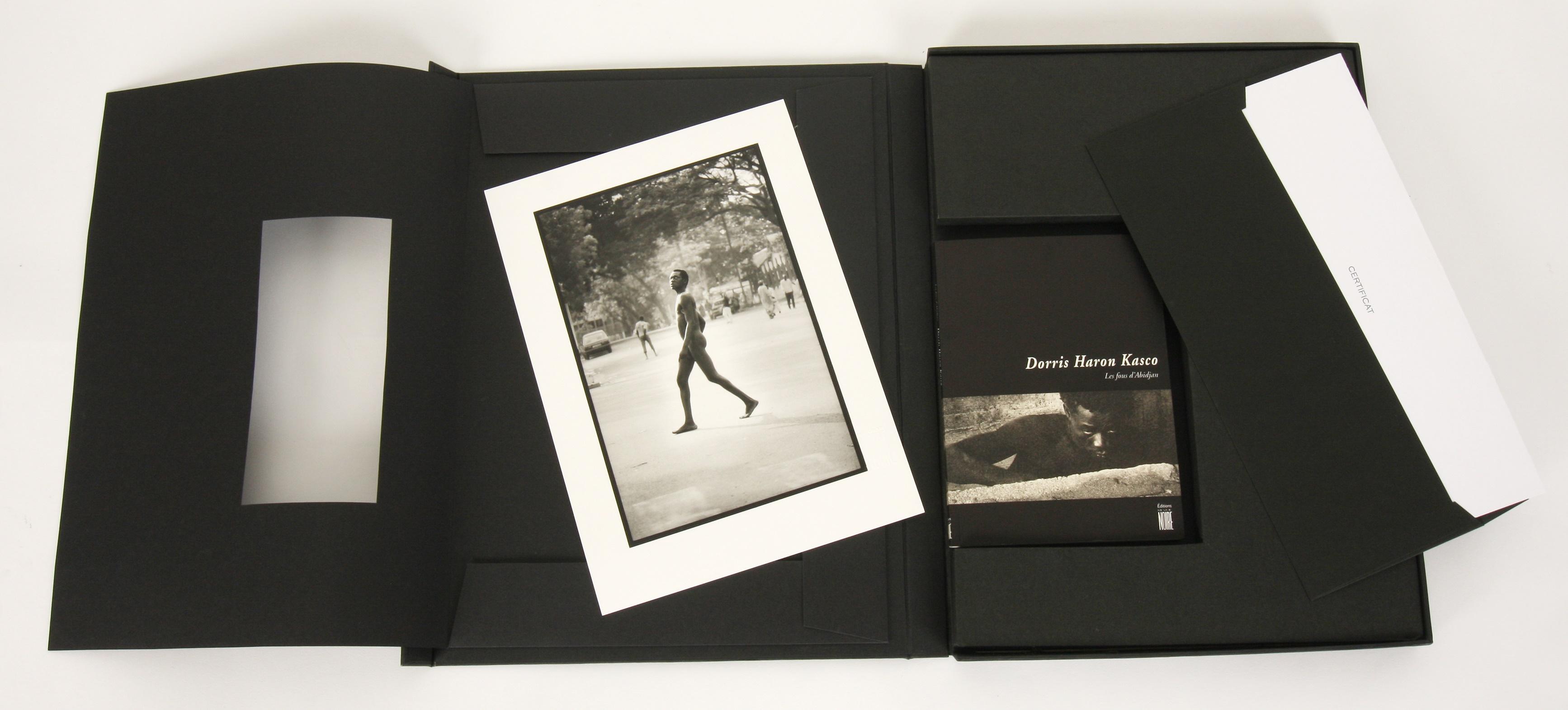 Dorris Haron Kasco (France 1966-) Les Fous D'Abidjan, Photographies portfolio, 2000