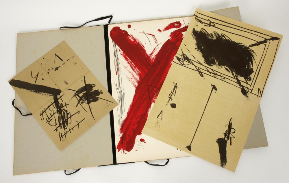 Antoni Tàpies (Spain 1923-2012) Au Musee De La Ville portfolio