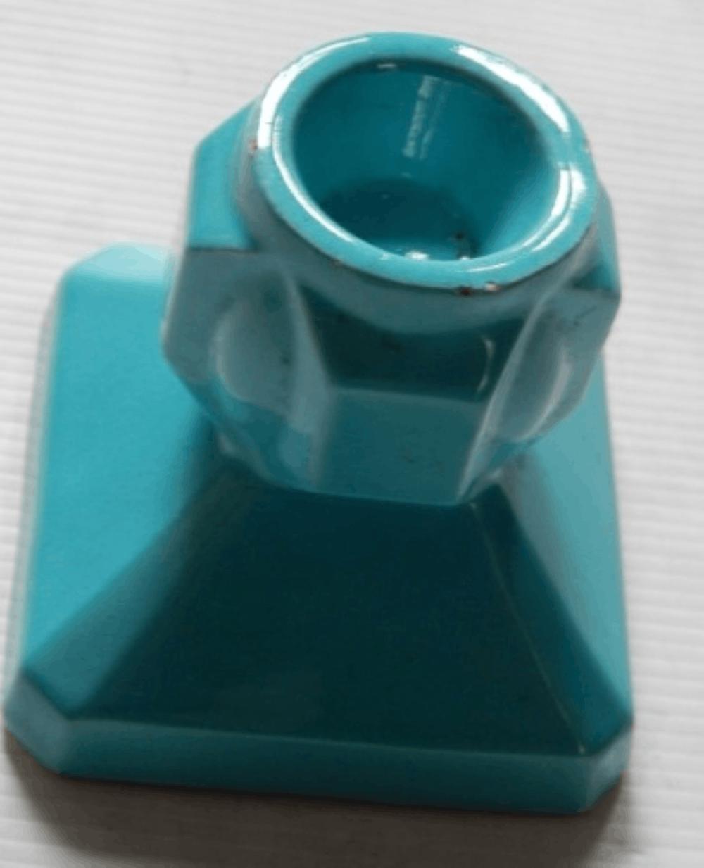 Kleiner ArtDeco Kerzenleuchter,Keramik,blau lasiert,Höhe ca.8,5cm