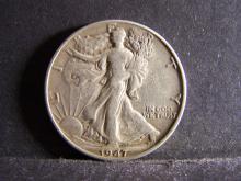 1947 WALKING LIBERTY HALF DOLLAR (HARD TO FIND COIN !!!!!!!!!!)