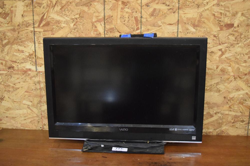 """Visio 31"""" Flat Screen TV w/Remote"""