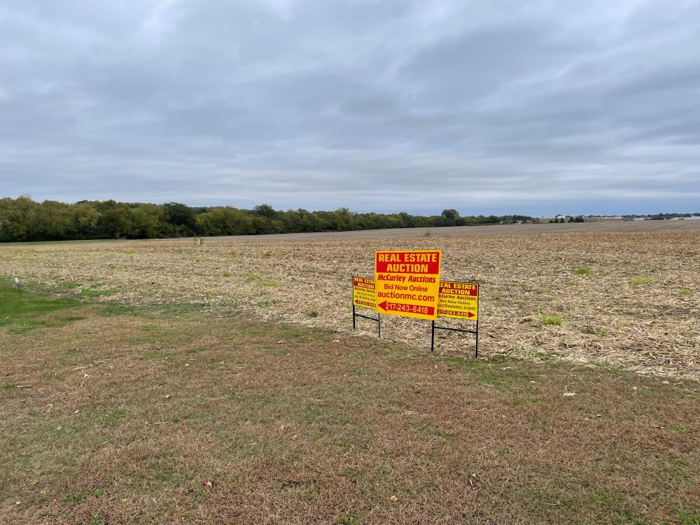 15 Lot Subdivision Jacksonville IL. Near Western Knoll Delaney DR. Approximately 6.5 Acres
