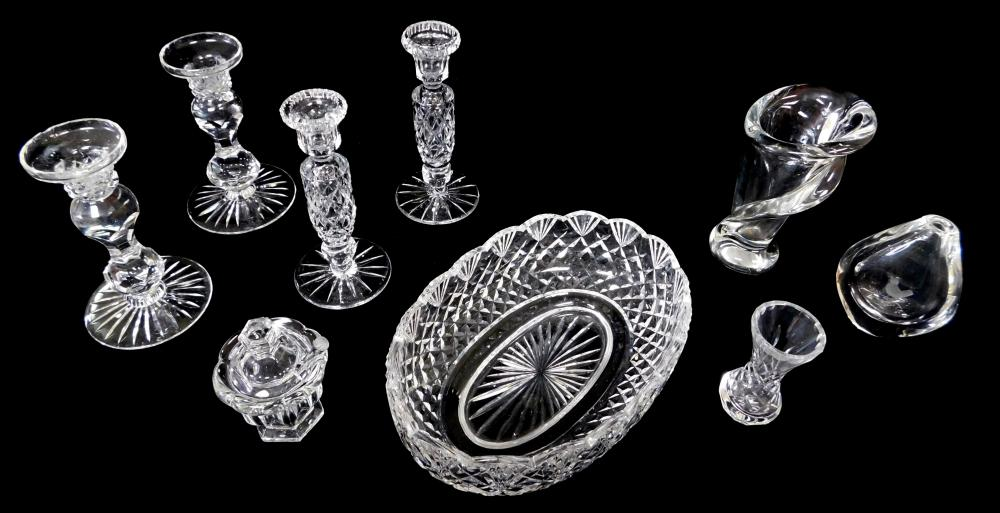 GLASS: Glassware, 20th C., including Orrefors vase engraved with a bird, an Art Vannes France vase, Baccarat condiment jar with lid...