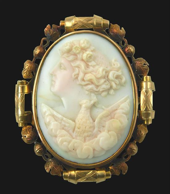 JEWELRY: 14K gold antique cameo brooch, tested 14K yellow gold, leaf and ball design frame with pin stem on back, set with one oval,...