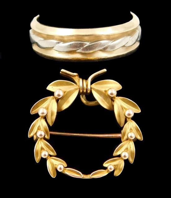 JEWELRY: 14K Yellow gold wedding band and wreath pin, both stamped 14K, details include: yellow gold wedding band with white gold ac...