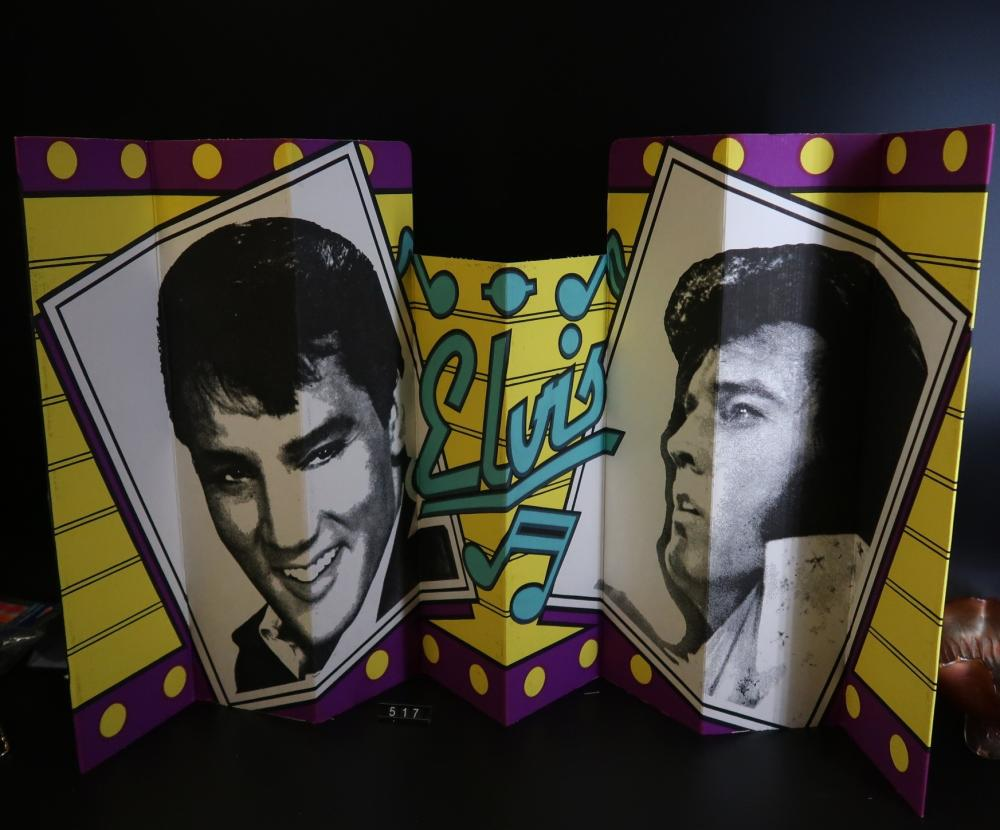 Elvis Presley Fold Out Shade