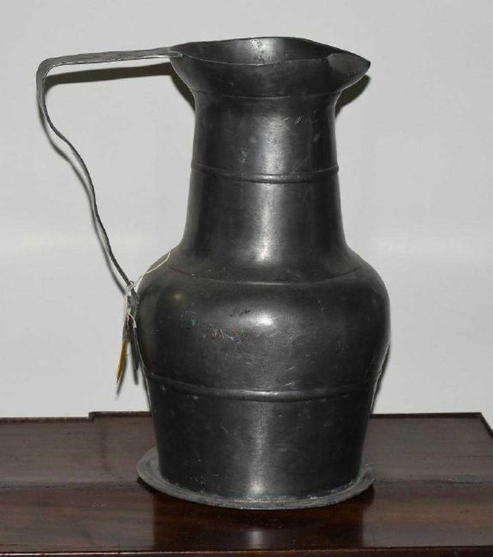 Large Pewter Tavern Wine Pitcher 1700s
