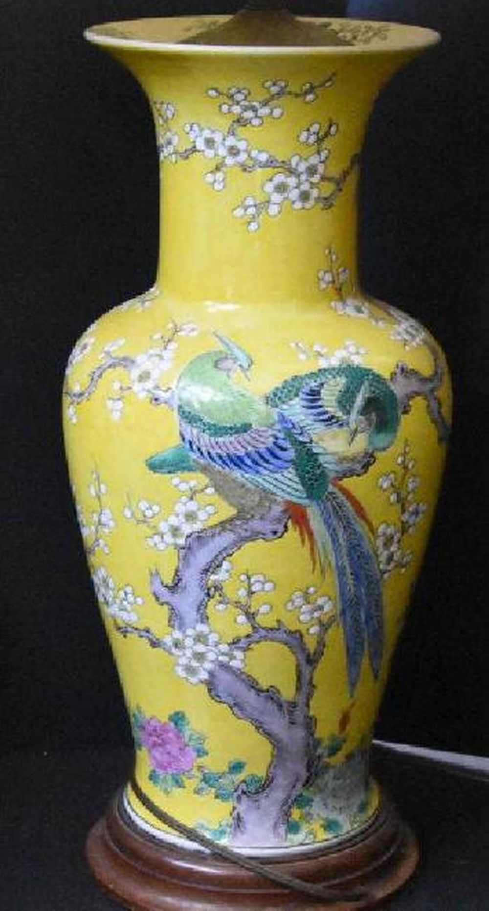 Large Hand-painted Chinese Vase Qing Dynasty Lamp