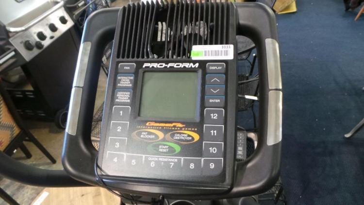PRO-FORM Cross Trainer 800 Elliptical Exercise Mahine w/Digital