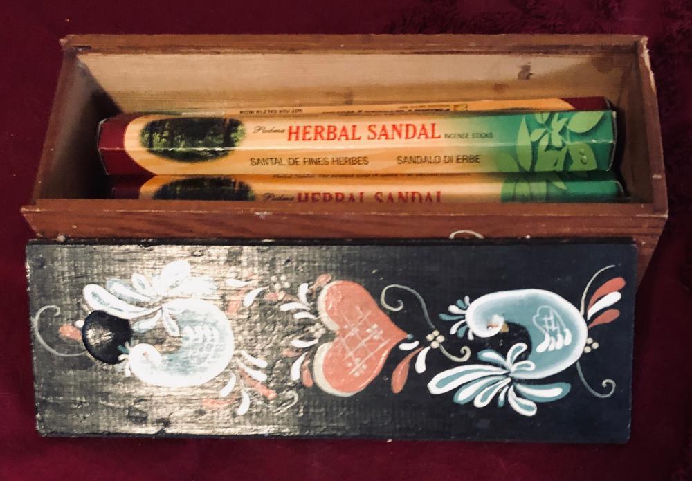 Lot 139: Incense in Box