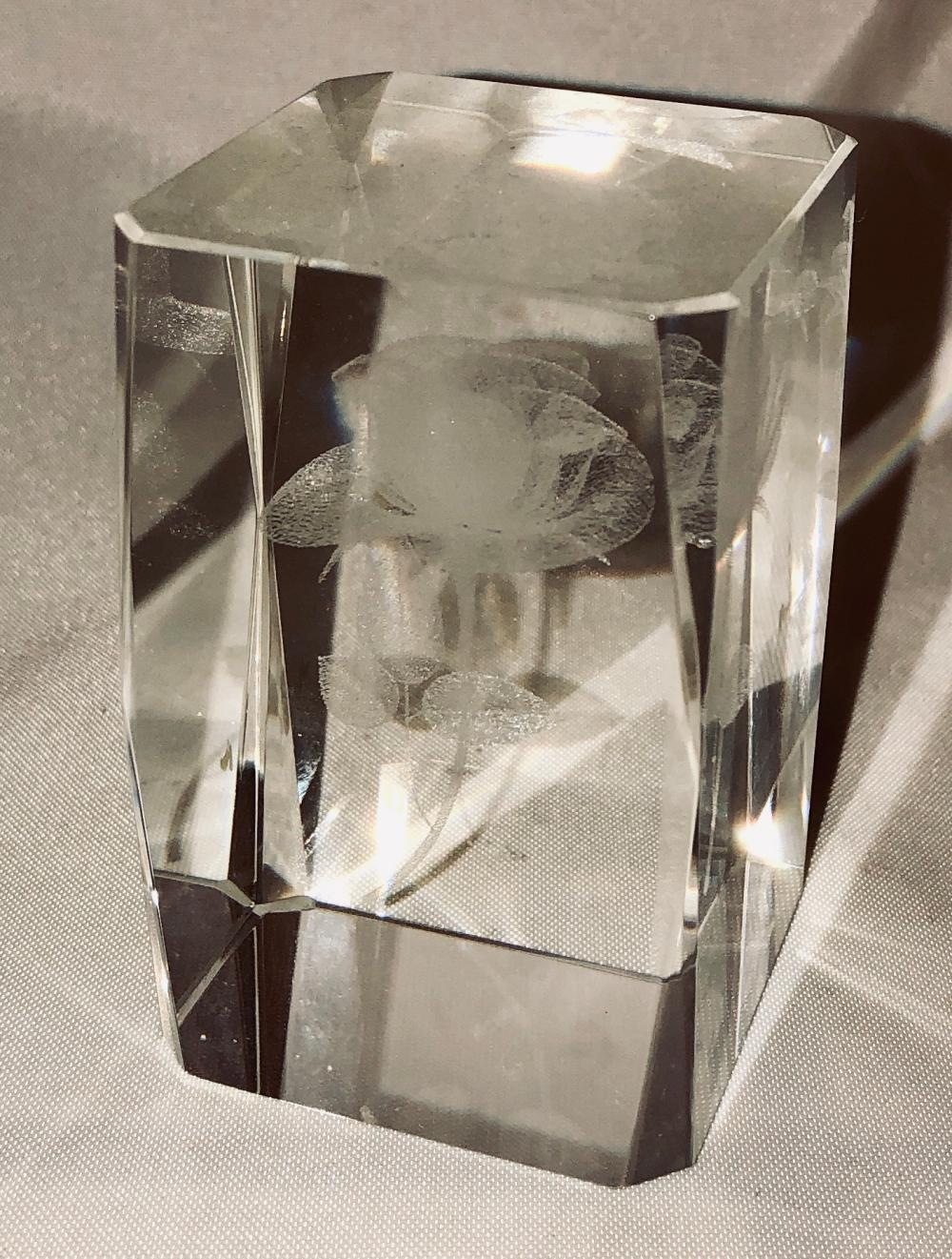 Lot 112: Etched Glass Paperweight