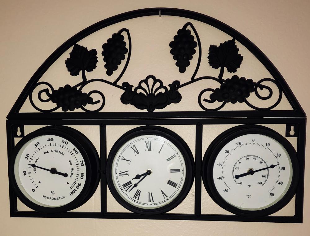 Lot 125: Clock Barometer