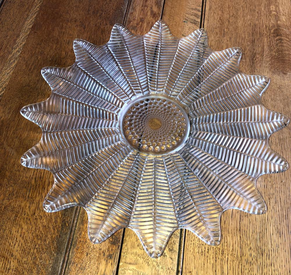 Lot 261: Glass Plate