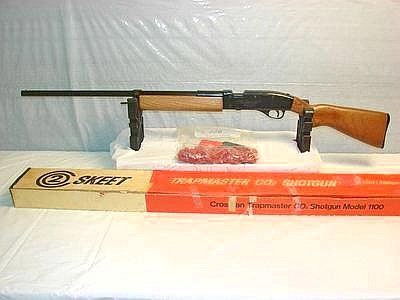 Crosman 1100 Trapmaster .380 Ga. single CO 2