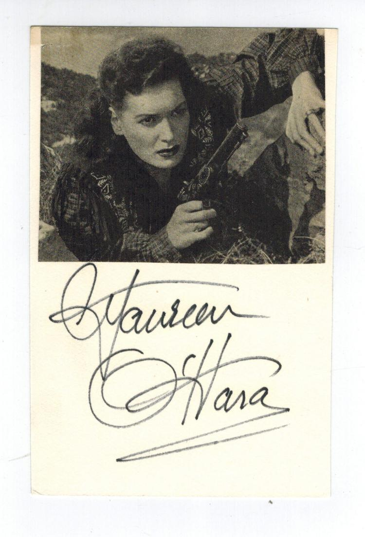 Maureen O'Hara Hand Signed Card...