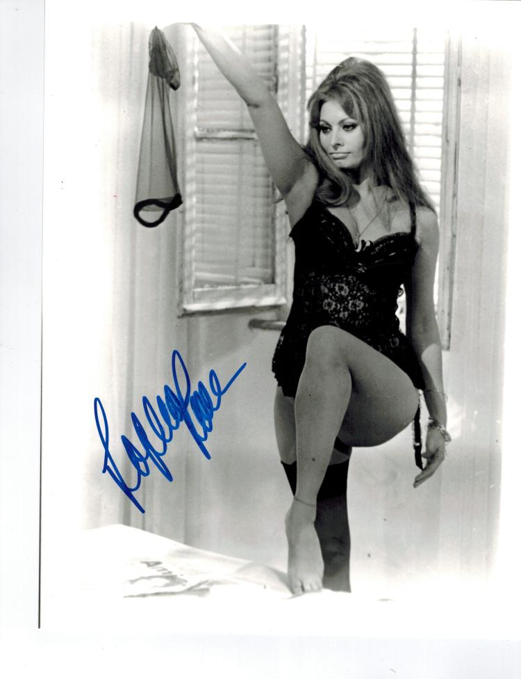 Sophia Loren Hand Signed Photo...