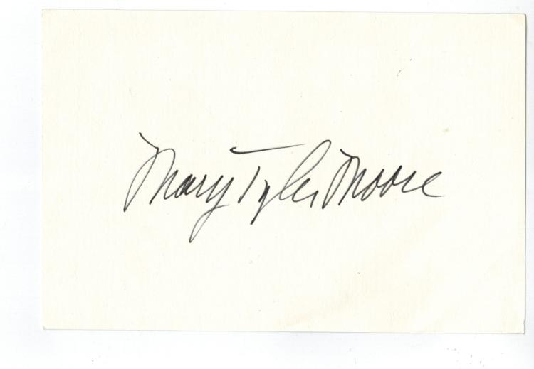 Mary Tyler Moore Hand Signed Card...