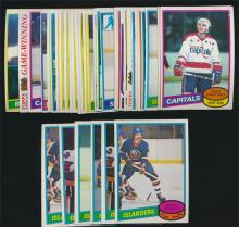 (40) Assorted 1980/81 Topps ans OPC Hockey cards