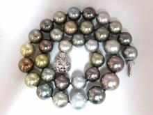 Tahitian Multicolor natural pearl necklace 18 inch 33