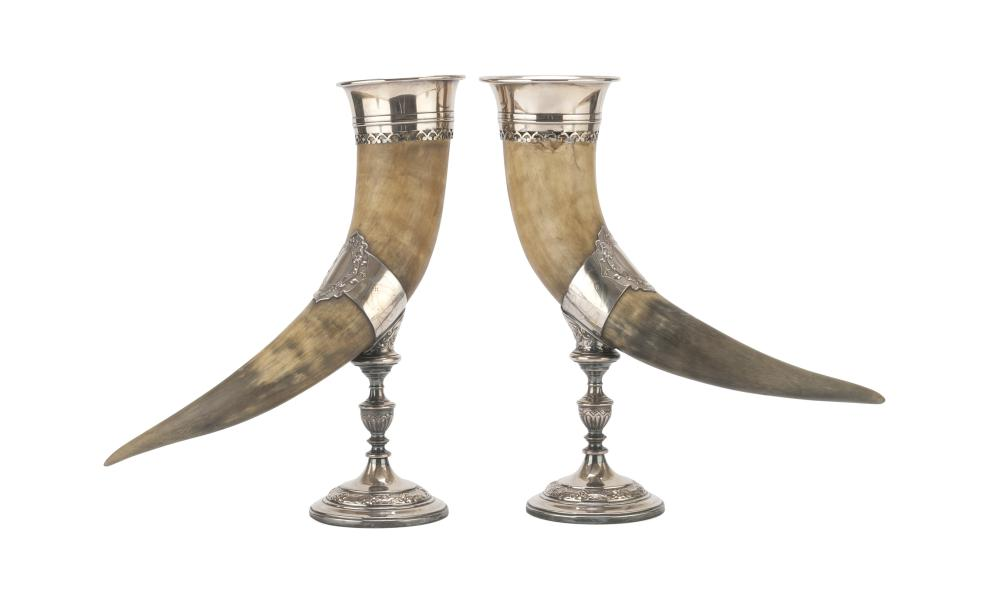 A PAIR OF CORNUCOPIAS IN HORN AND SILVER-PLATED METAL, PUNCH GERMANY GEISLINGEN LATE 19TH CENTURY