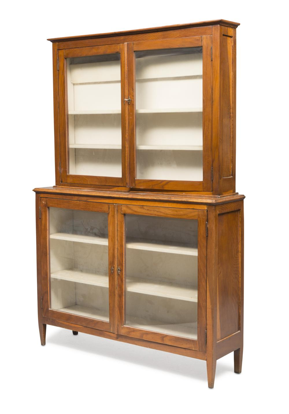 BOOKCASE CABINET IN WALNUT, CENTRAL ITALY EARLY 19TH CENTURY