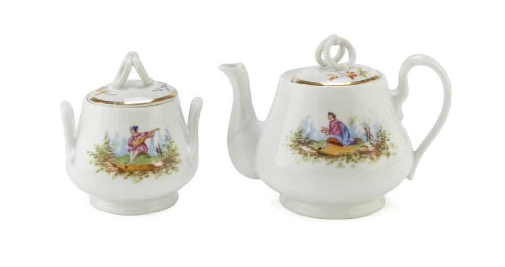 TEAPOT AND SUCRIER IN PORCELAIN, LATE 19TH CENTURY
