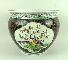 A Samson porcelain jardiniere, late 19th century,