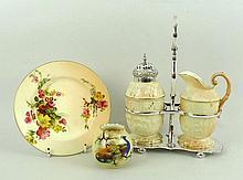 A Locke & Co, Worcester, porcelain strawberry set,