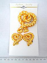 Rope shaped set of jewelry, gilded metal: pin and
