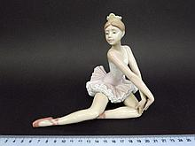 Porcelain ballerina figurine by Lladro, Spain
